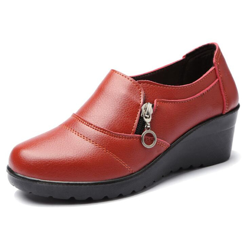 Autumn new fashion slip on women Womens Genuine Leather Work shoes Mother comfortable Wedding ShoesAutumn new fashion slip on women Womens Genuine Leather Work shoes Mother comfortable Wedding Shoes