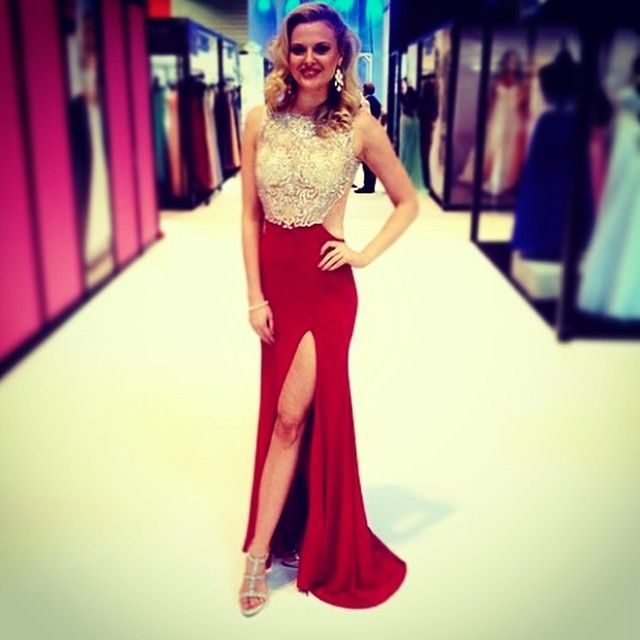 89fc2aaab25 2015 Cheap Elegant Sexy Beaded Lace Mermaid Long Red Evening Dress Formal  Party Dresses For Wedding Guest Vestidos De Festa-in Evening Dresses from  Weddings ...