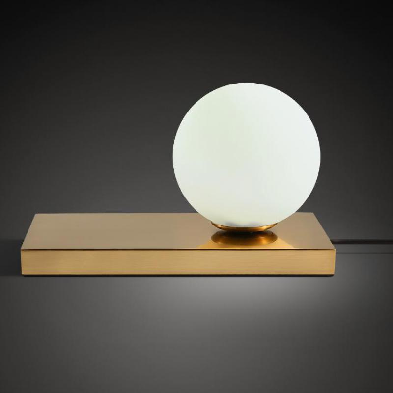 Post modern Simple Creative Milk White Glass Ball Iron Base Led E27 Table Lamp For Bedroom Warm Fashion Bedside Lamp 1053