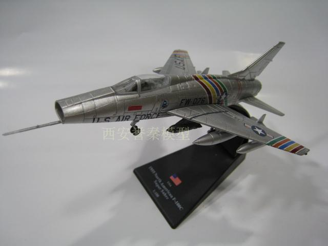 AMER 1/100 Scale Military Model Toys North American F-100C Super Fighter Diecast Metal Plane Model Toy For Collection/Gift