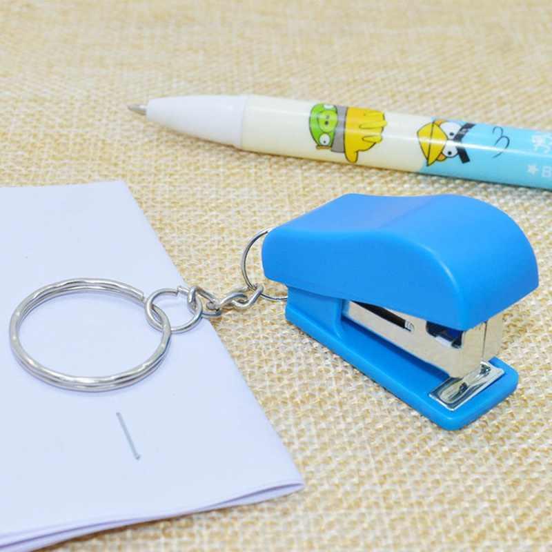 Mini Plastik Alat Tulis Set Stapler Kunci Jaringan Ring Kawaii Gantungan Kunci Sekolah Kantor Perlengkapan Alat Tulis Stapler Mini