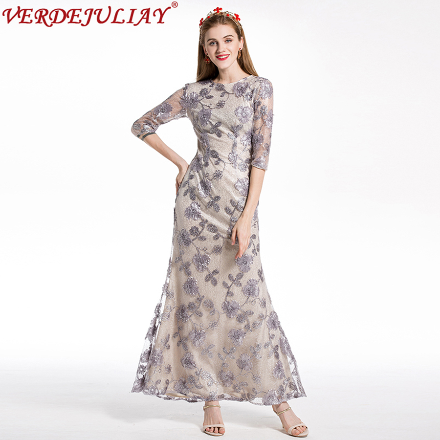 Vintage robes 2019 nouvelle mode femmes fleurs broderie Slim demi manches élégant argent haute qualité Top longue robe de trompette
