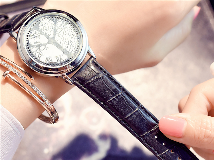 HTB14zQ5wQKWBuNjy1zjq6AOypXae - New Casual Fashion Elegant Lady Quartz Bracelet Women Wristwatch LED Jewel Lucky Clover Stainless Steel Case Montre Femme