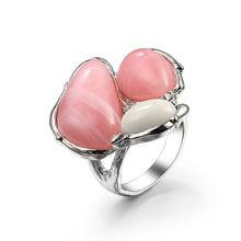 Fashion Unique Pink/Red/Green/White Irregular Stone Princess Rings Creative Big for Women Banquet Party Jewelry Anel