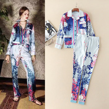 the United States women's spring/summer 2017 Chrysanthemum printing lapel nine points sleeve shirt and pants pants suit