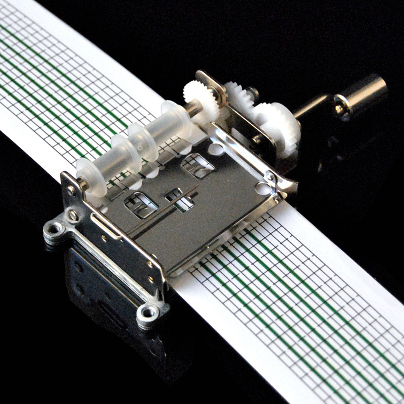 Hand Movement DIY Audio Tape Music Box DIY Compose Music Spectrum Hand Crank Operated Punched &Hole Puncher&20 Note Paper Strips