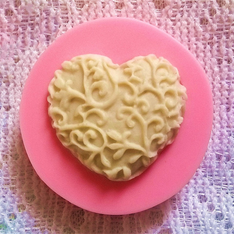 3D Love Heart Lace Shaped Silicone Mold DIY Cake Candel Chocolate Soap Mold Mould Fondant Sugar Art Tools For Soap Making