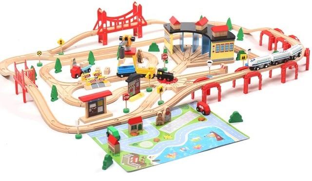EDWONE Electric Train Track Set Wooden Railway Track ...