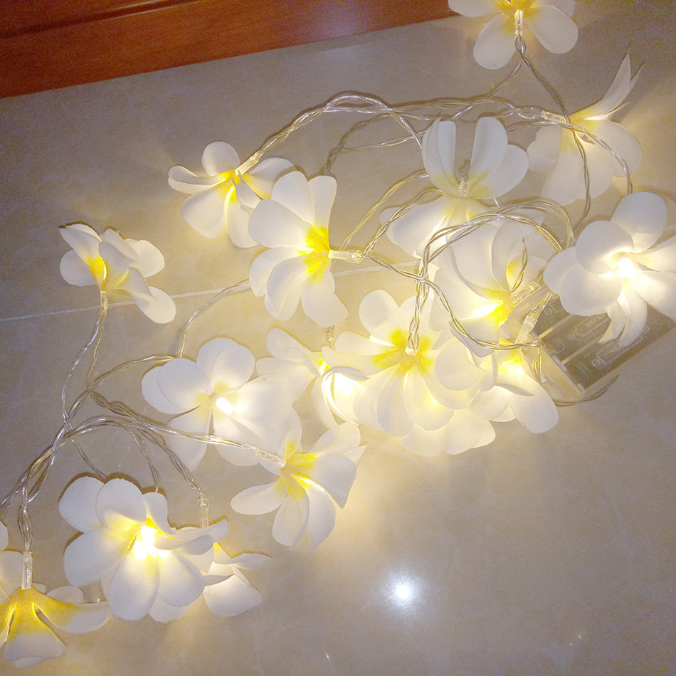 8m 50led DIY frangipani LED String Lights Batteri blommig semester - Festlig belysning