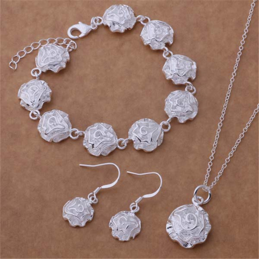 New Listing factory direct silver plated jewelry fashion noble women classic necklace bracelet earrings Jewelry Sets AT195