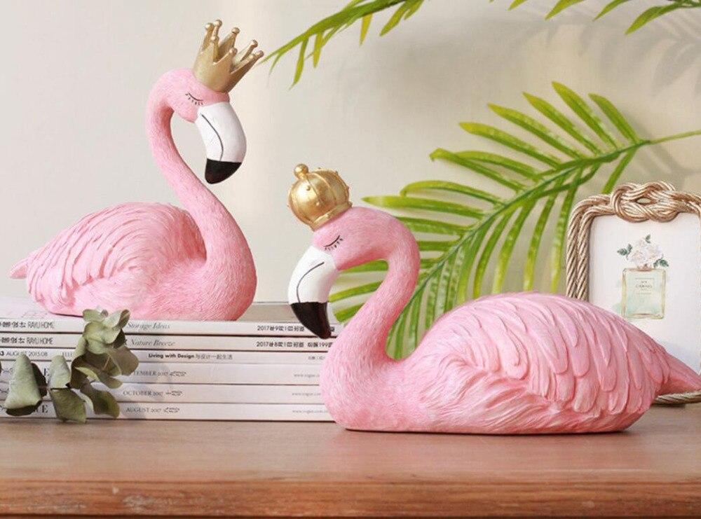 Résine décorative grande couronne pour les amoureux flamant décorations salon table animal amour poupée artisanat en gros