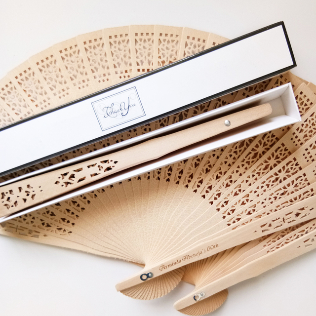 Us 158 76 6 Off 100pcs Free Shipping Wooden Ladies Hand Fan Wedding Favor Personalized Wedding Shower Gift With Box Custom Bride Groom Name Date In