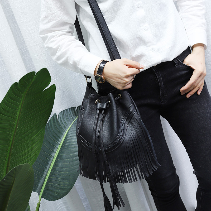 Fashion Ladies Hand Bag Solid Bucket Bolsa Feminina Tassel Leather Women Shoulder Bags Crossbody Bag For Women Luxury CJ484 2