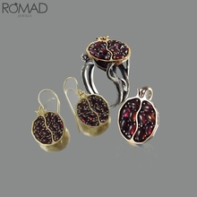ROMAD Vintage Red Stone Rings For Women Wedding Crystal Ring Garnet Silver Gem Stonel bague Party Fruit anillo mujeres R5