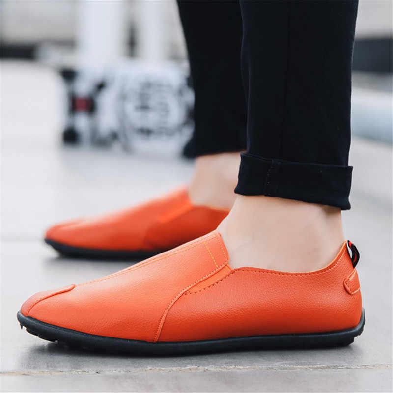 2019 Loafer'lar erkek ayakkabıları erkek mokasen ayakkabıları PU deri makosenler Nefes Rahat Erkek Ayakkabı Sürüş Ayakkabı Erkekler Erkekler için Kanca ve döngü Sürüş Tekneler