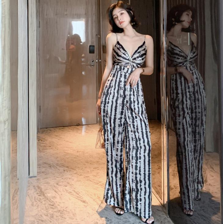 2019 Summer Women Casual Jumpsuits Spaghetti Strap Sleeveless Lady Sexy V neck Leopard Print Bodysuit Wide Leg Loose Long Pants