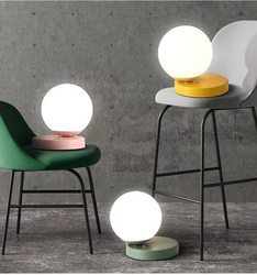 Nowoczesny szklany stół lampy Nordic proste sypialnia nocna lampka na biurko do czytania dekoracji wnętrz LED lampy stołowe E27 Lamparas oświetlenie