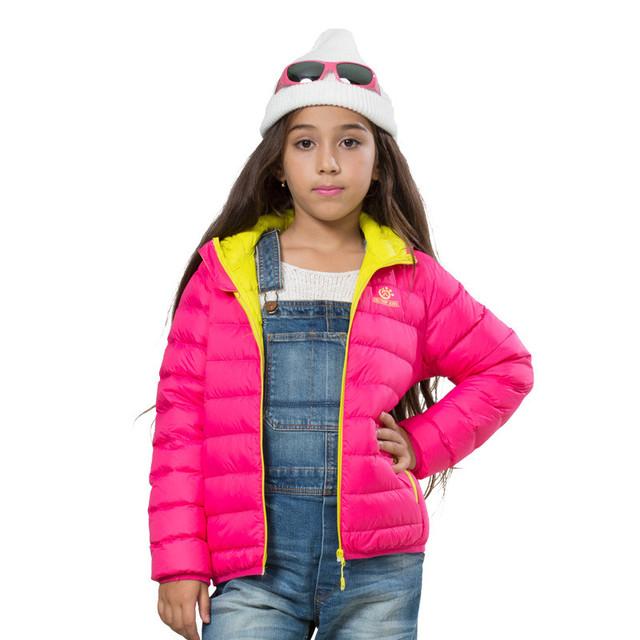 Nuevos 2016 Boys & Girls marca chaquetas para niños del invierno térmica pato blanco abajo abrigos prendas de vestir exteriores abrigo a prueba de frío