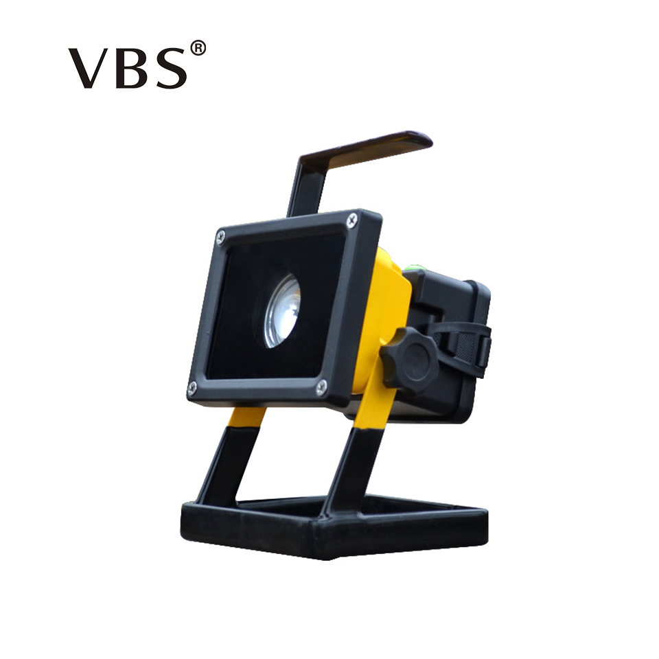 T6 Movable outdoor lighting rechargeable portable Spotlight camping lamp LED Flood light grassland Not included 3*18650 battery new 6 18650 battery new powerful lights rechargeable led floodlight 100leds 2400lumen 100w flood lamp portable light