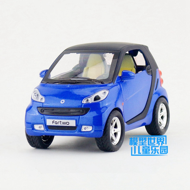 1 32 Scale Cast Model Smart Fortwo Suv Sport Car Lighting