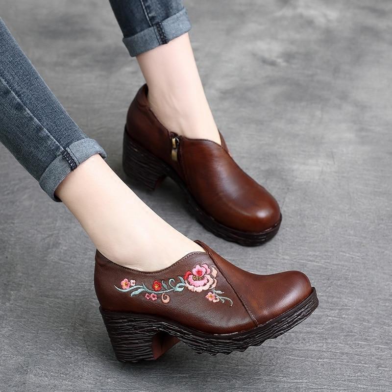 Tyawkiho ของแท้หนังสีดำข้อเท้ารองเท้าผู้หญิงเย็บปักถักร้อย 6 ซม.รองเท้าส้นสูง Retro 2018 ฤดูใบไม้ผลิผู้หญิงรองเท้าทำด้วยมือรองเท้าหนัง-ใน รองเท้าบูทหุ้มข้อ จาก รองเท้า บน   1
