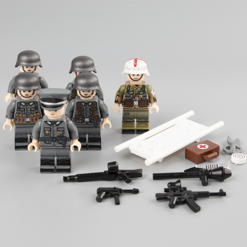 6PCS Weltkrieg 2 German Medic Parts Soldiers Weapons Figure Accessories Building Blocks Toy For Children Legoinglys Military Toy