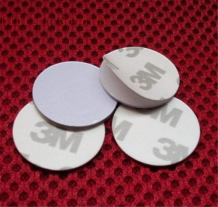 купить 125khz RFID T5577 3M Adhesive Coin Card Rewritable RFID Copy Clone Card (25mm) по цене 36.72 рублей