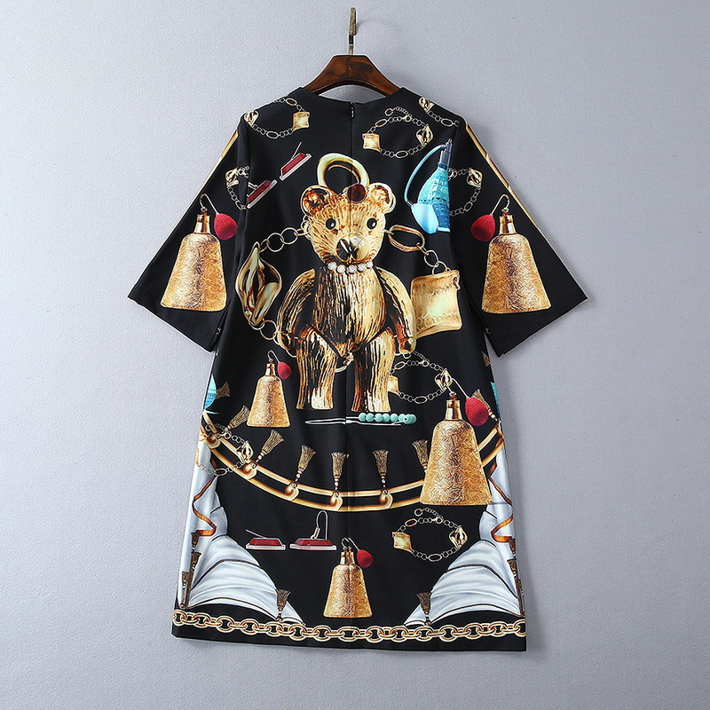 European and American women's fashion 2019 spring new style Five minutes sleeve heavy industry nail bead Bear printing dress - 2