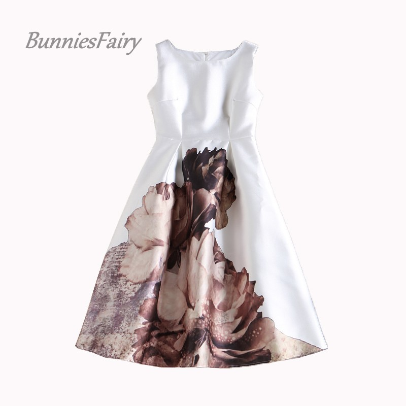 4dae9390e6 BunniesFairy 2019 Spring New Women Simple Elegant Style Retro Painting Flower  Print Flare Dress to Impress Plus Size XXXL-in Dresses from Women s Clothing  ...