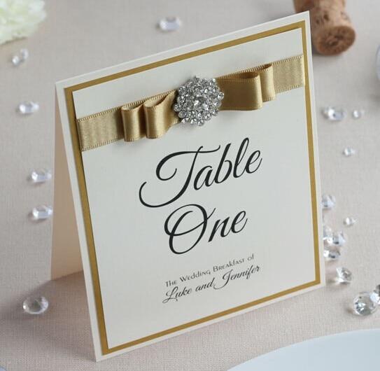 CA0701 unikalne wizytówki stołowe na ślub z satynową tasiemką w Znaki drogowe na imprezę od Dom i ogród na  Grupa 1
