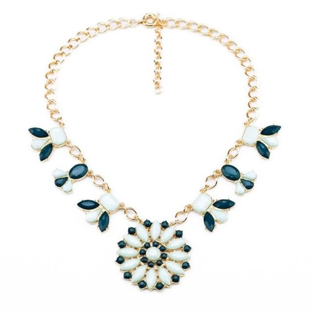 0fff61e9f3c8 Joyería de moda flor azul collar perfume mujeres online shopping India  collar retro Accesorios en Gargantilla Collares de Joyería y accesorios en  ...