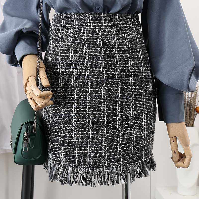 83405dfb49 ... 2019 Spring Autumn Tassel Mini Tweed Skirt Women Slim A-line High Waist  Fashion Short ...
