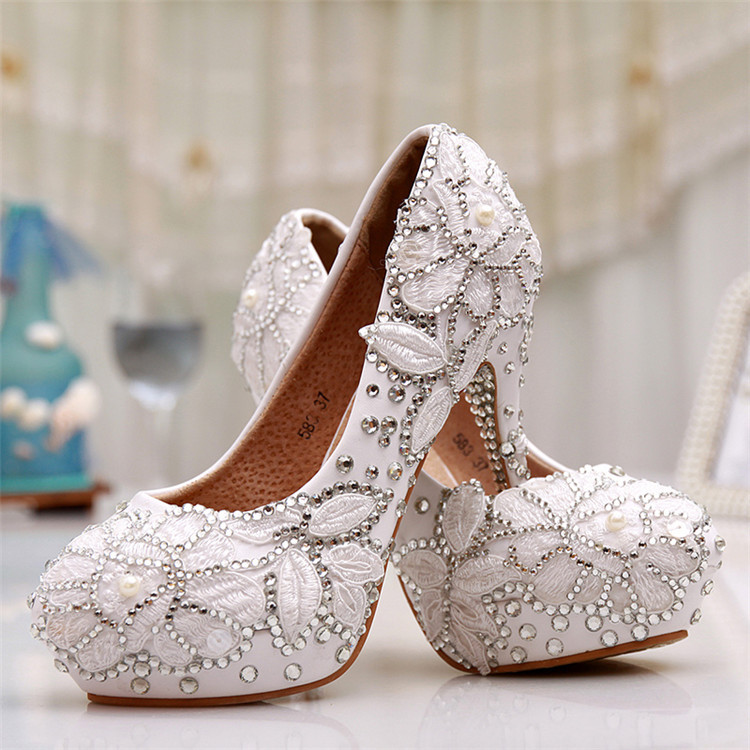 New Beautiful Wedding Shoes Round Toe White Lace Appliques