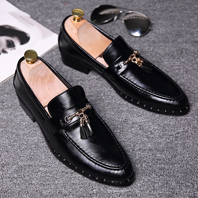 British fashion men business wedding dress genuine leather tassel shoes  rivet slip-on lazy driving oxford shoe gentleman loafers 91f53616e7b