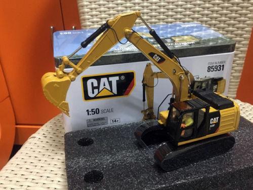 DieCast Masters Caterpillar CAT 320F L Hydraulic Excavator 1/50 Scale Metal Model DM85931DieCast Masters Caterpillar CAT 320F L Hydraulic Excavator 1/50 Scale Metal Model DM85931