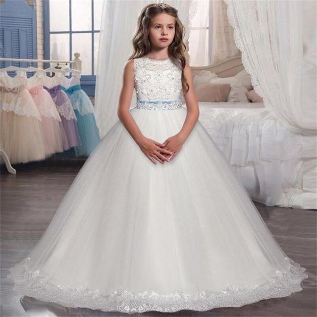 Idea De Vestidos De Novia Vestidos De Boda Con Flores Bordadas