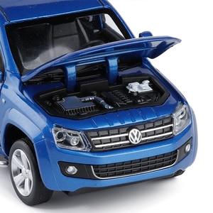 Image 5 - Simulatie 1:30 Amarok 4 open deur pickup truck model, metalen geluid en licht terug naar kinderen gift speelgoed model auto, gratis verzending
