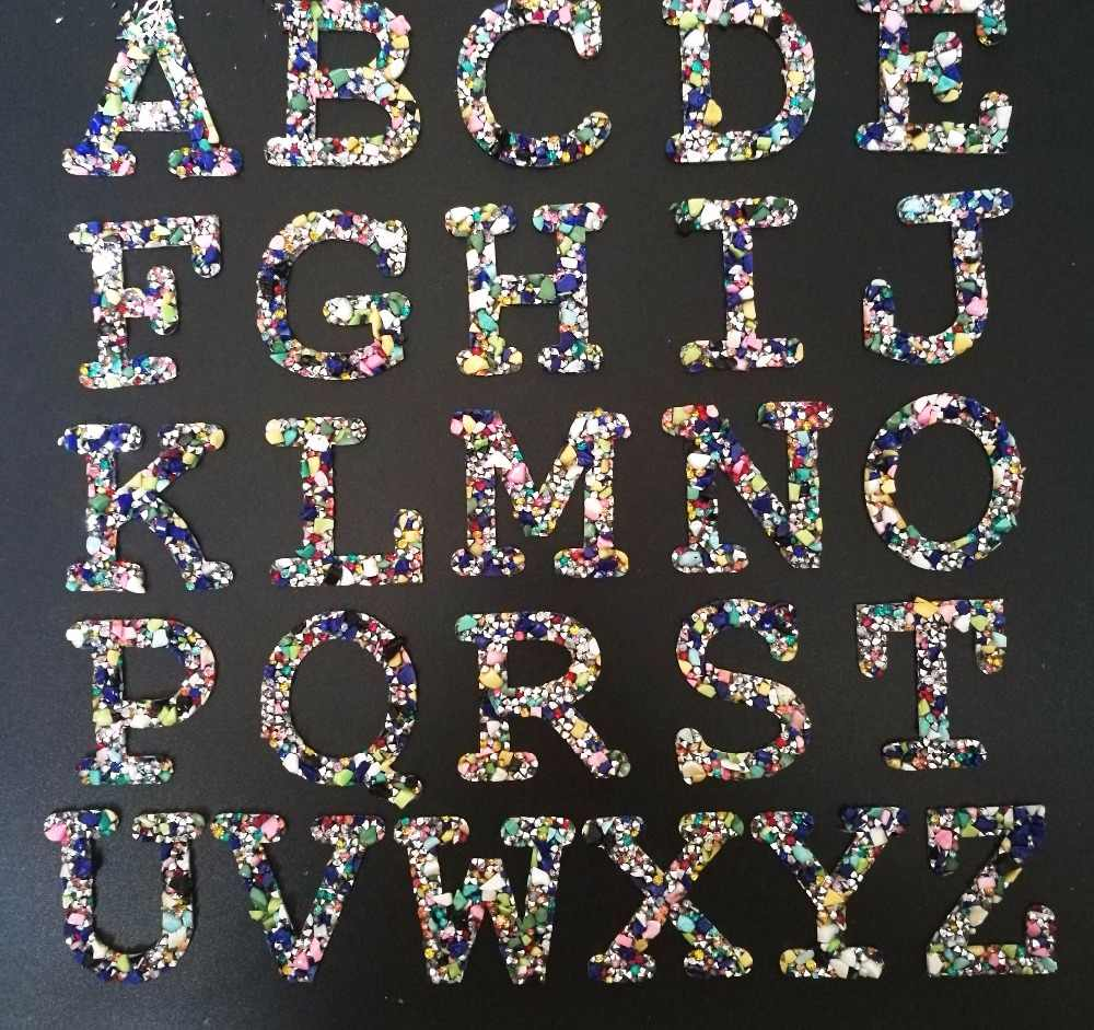 1PCS 26 Letters Hotfix Rhinestone Iron On Patch For Clothing Bag Shoes Badge Crystals Colorful Stones Applique Patches