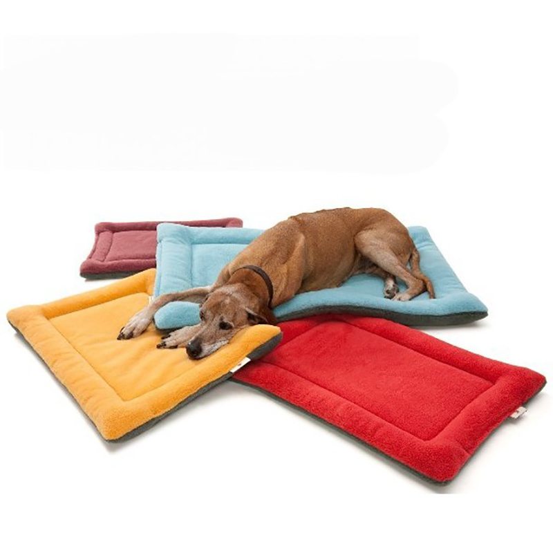Cozy pet dog bed mat kennel large soft fleece dog bed pet for Cheap dog crate furniture