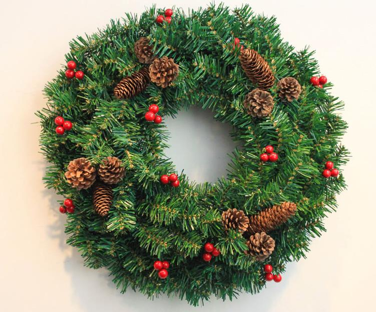 Christmas wreath pine cones decorated Christmas wreaths ...