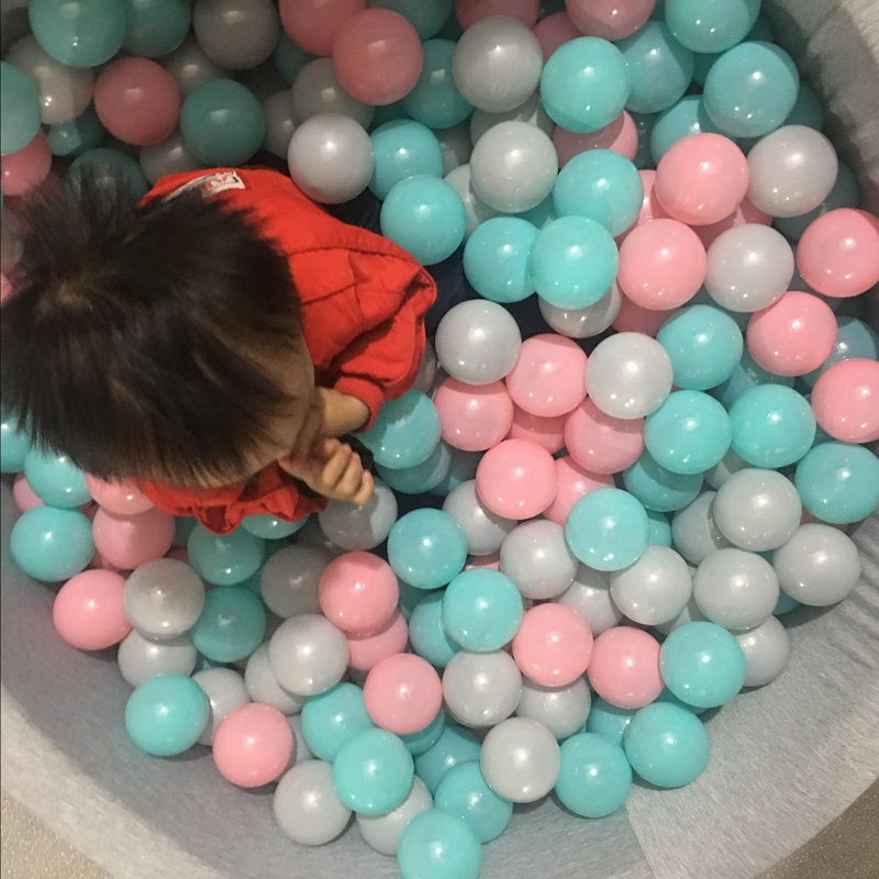 Golden ocean ball macaroon dry pool ball bulb shallow pink pale blue grayish baby bite toy white black gray ball pit