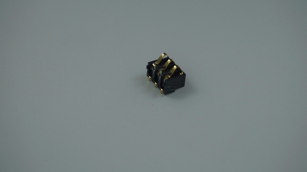 10pcs Spring Battery Connector SMD re-flow solderable material 3 contact 3.10mm pitch rating 0.5A 50V gold plated contact