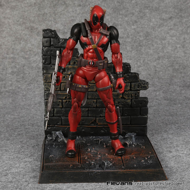Marvel Deadpool with weapons PVC Action Figure Collectible Model Toy 7 18cm neca epic marvel deadpool ultimate collectible 1 4 scale action figure model toy 16 45cm ems free shipping