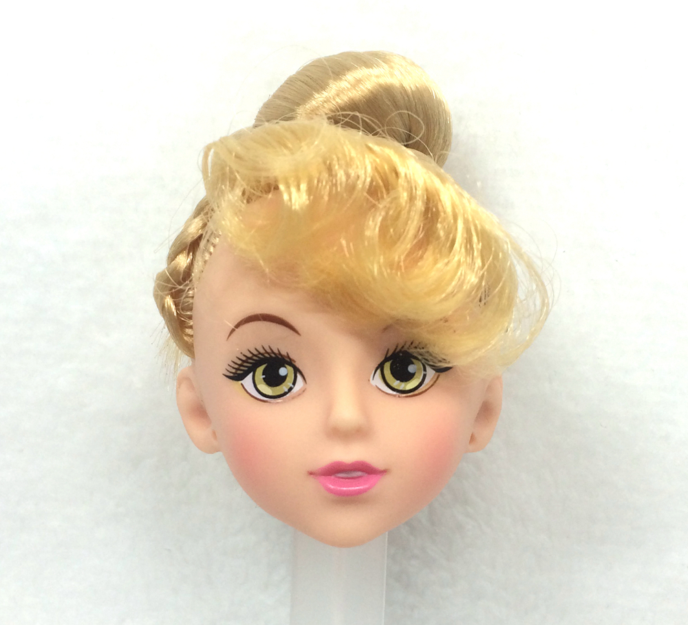NK One Pcs Trend Doll Head  Golden Hair DIY Equipment For Barbie Kurhn Doll Greatest Lady' Reward Youngster' DIY Toys 024L