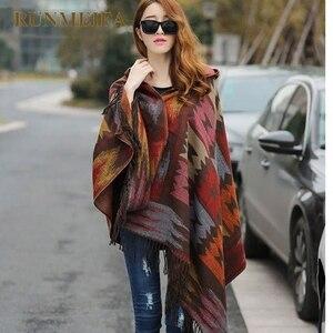 Image 1 - 2019 novas mulheres inverno boho casaco com capuz capa poncho senhoras xales envoltório feminino pashmina xadrez cashmere cobertor cachecol bufanda mujer