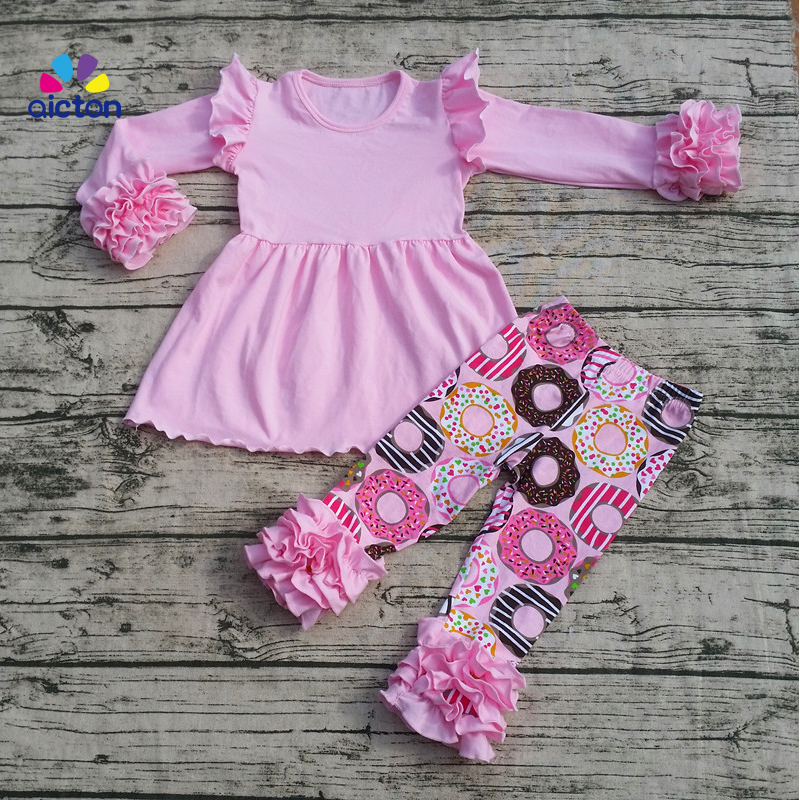 2017 High Quality Baby Girl Valentine Boutique Outfits Girls LOVE Pattern Valentines Day Clothes Sets valentine s day petals heart pattern waterproof table cloth