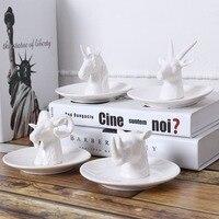 1 UNID estilo Nórdico placa de almacenamiento de la joyería joyería de la placa de cerámica en forma de animales de porcelana ornamento artesanías de Decoración Del hogar regalo de la Muchacha