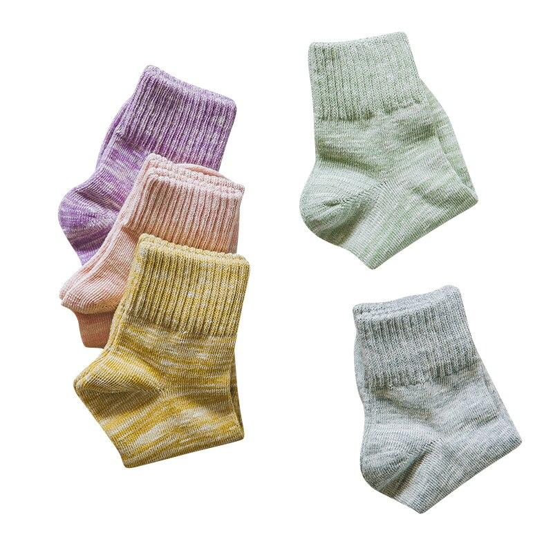 Femmes Tube Chaussettes Confortable Respirant Dames Chaussettes De Mode D'hiver Épais Ligne Nation Vent Femme Coton Chaussettes 3 paires/lot
