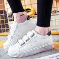 Mujeres al aire libre 2016 de La Manera zapatos Blancos magic stick Caminatas Casuales zapatos de plataforma Tamaño del Apartamento 35-40zapatos mujer tamaño 35-40