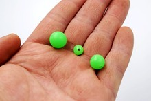 100pcs/pack Luminous Beads Fishing Space Beans round Float Balls Stopper light Balls sea Fishing Tackle lure Accessories